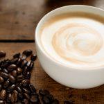 Conheça a história do café com leite